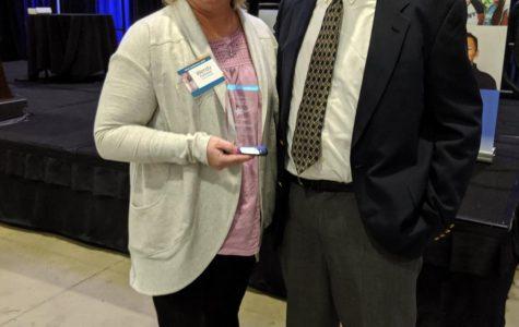 Mrs. Punteney earns the Dan Chavez Beyond the Horizon Teacher Award