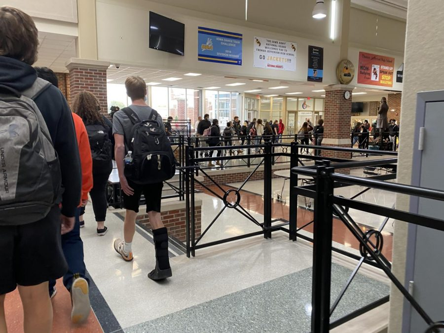 Hallways+after+school+during+covid